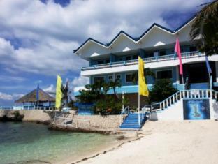 Blue Corals Beach Resort Malapascua Island - Beach