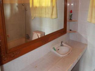 กูนังเมอตาบังกะโล บาหลี - ห้องน้ำ
