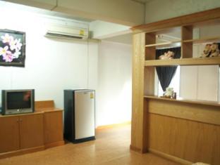 Golden House @ Silom Bangkok - 1 Bedroom Superior