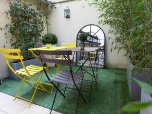 Hotel Atelier Montparnasse Paris - Balcony/Terrace