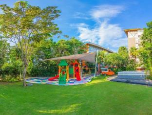 HARRIS Hotel & Residences Sunset Road Bali - Spielplatz