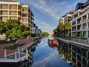Marina Waterfront Apartments