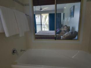Rose Bay Resort Whitsunday Islands - Badkamer