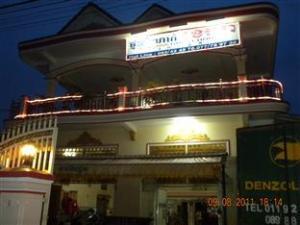 Om Khemra (Khemra Guesthouse)