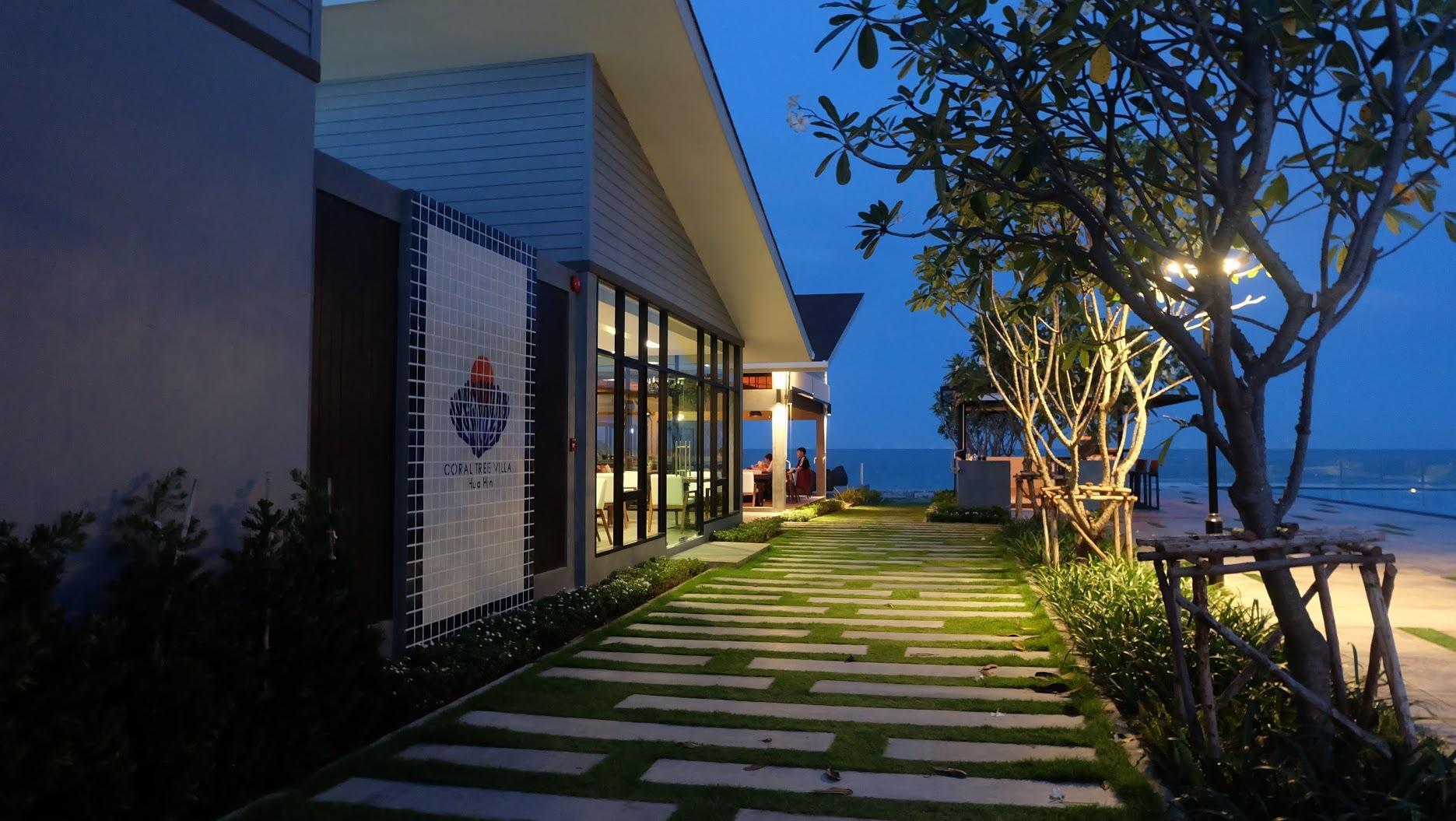 Review Coral Tree Villa Hua Hin