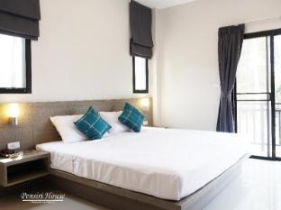Pensiri House Phuket - Quartos