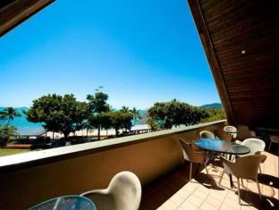 Airlie Waterfront Backpackers Whitsunday Islands - Balkong/terrass