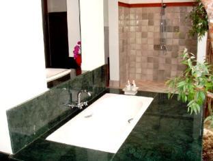 Manee Dheva Resort & Spa Mae Chan (Chiang Rai) - Kupaonica