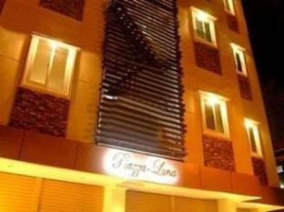 Piazza Luna Tower Davao - Hotel z zewnątrz