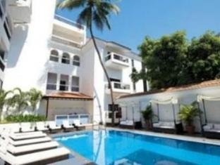 Silver Sands Hideaway Hotel North Goa - Swimming Pool