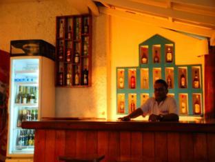 Sea Garden Hotel Negombo - Bar