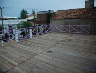 Sea Garden Hotel Negombo - Balcony