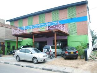 Sea Garden Hotel Negombo - Hotel front View