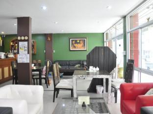 Poi De Ping Hotel شنغماي