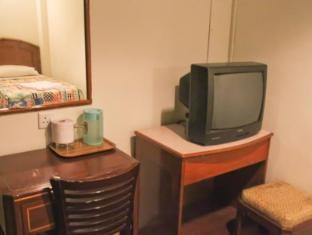 Hotel Grand Crescent Kuala Lumpur - Room Amenities