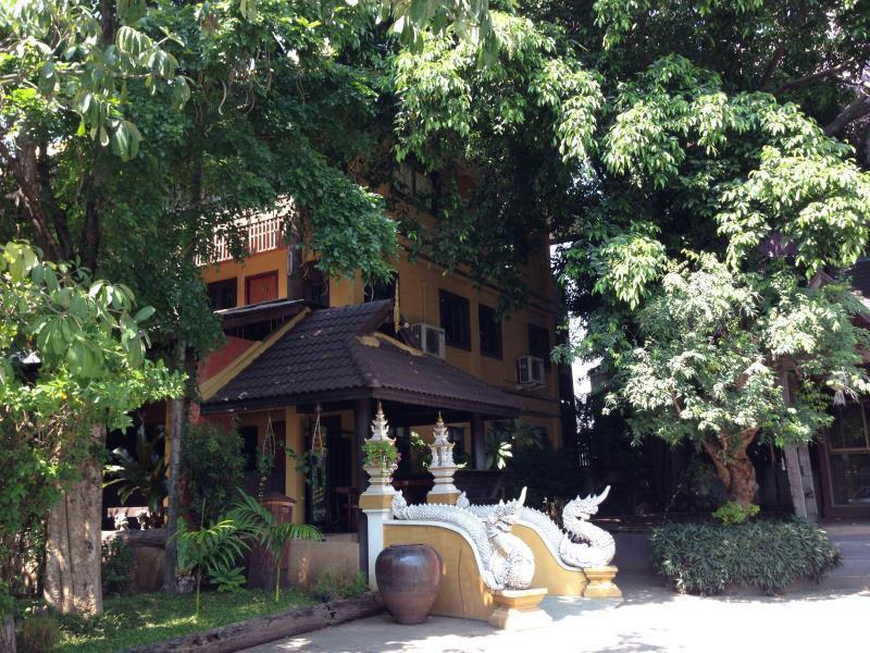 Baan Thong Luang Boutique Hotel บ้านทองหลวง บูติก โฮเต็ล