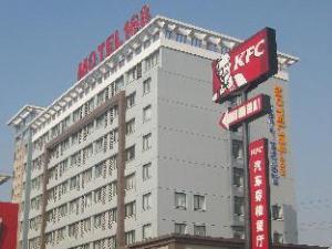 Motel168 Kunhsan Beimen Hotel