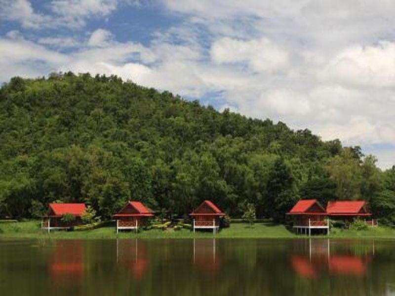 River Kwai Park & Resort ริเวอร์แควปาร์ค แอนด์ รีสอร์ท