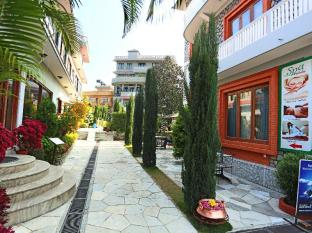 /hotel-peninsula-nepal/hotel/pokhara-np.html?asq=GzqUV4wLlkPaKVYTY1gfioBsBV8HF1ua40ZAYPUqHSahVDg1xN4Pdq5am4v%2fkwxg