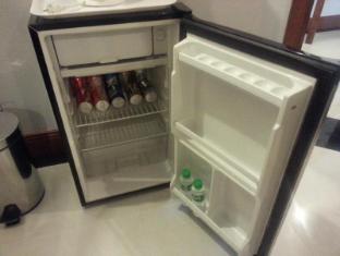 V.I.P. Suite Hotel Manila - Mini bar