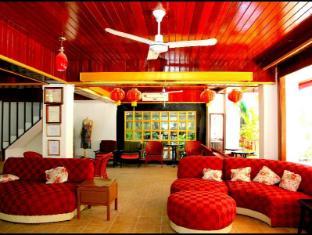 Boomerang Inn Phuket - Foyer