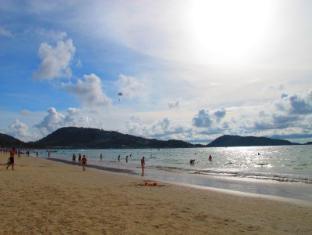 Boomerang Inn Phuket - Plaża
