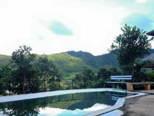 Pong Yang Farms and Resort Chiang Mai - Pool