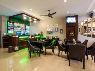 Lavender Hotel Phuket - Pub/Lounge