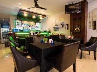 Lavender Hotel Phuket - Büfé