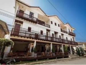 スリ チアン カン ホテル (Sri Chiang Khan Hotel)