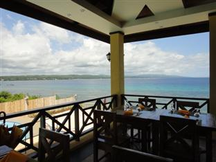 La Veranda Beach Resort & Restaurant Panglao Island - The Beach View