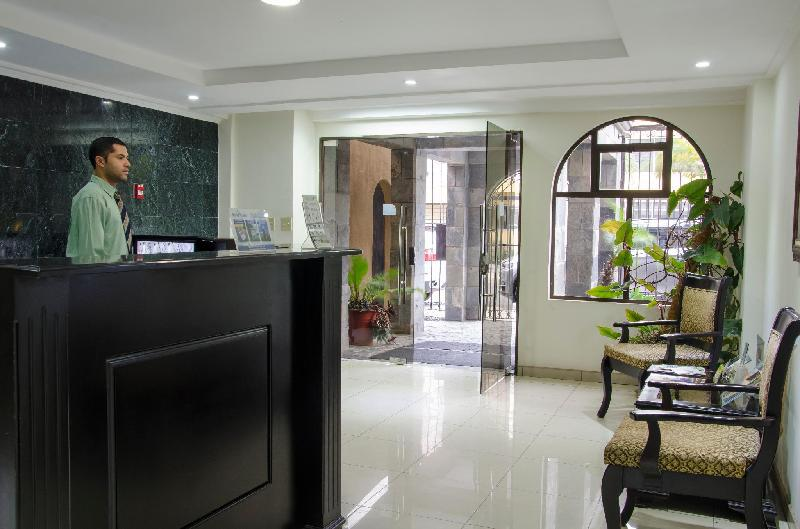 Hotel Plaza Real Apartments & Suites