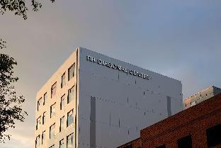 迪萊葛奈爾中心NH酒店