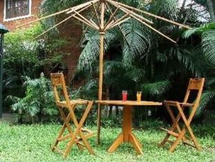 Cricketer's Inn Chennai - Garden Sitting