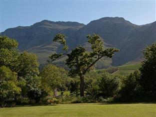 Dornier Homestead Stellenbosch - View on Homestead Garden and Stellenbosch Berg