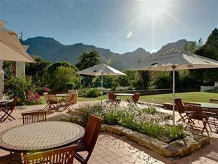 Dornier Homestead Stellenbosch - View on the Stellenbosch Mountains
