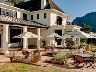 Dornier Homestead Stellenbosch - Exterior