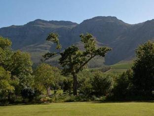 Dornier Homestead Stellenbosch - Surroundings