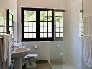 Dornier Homestead Stellenbosch - Bathroom
