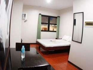 Hotel California Mactan Sala - Svečių kambarys