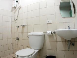 Hotel California Mactan Sala - Vonios kambarys