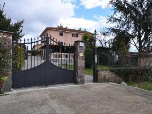 Casale De Santis