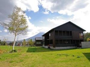 ニセコひらふ泉郷レンタルコテージ (Niseko Izumikyo Cottage)