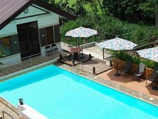 Davao Eagle Ridge Resort Davao City - בריכת שחיה