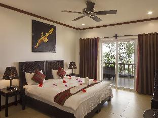 picture 4 of Corals Beach Cabilao Dive Resort