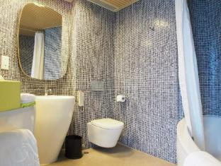 Madera Hong Kong Hotel Hong Kong - Bilik Mandi