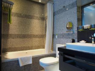 Madera Hong Kong Hotel Hong Kong - Bathroom