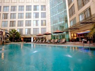 Meritus Surabaya City Centre Surabaya - Pool