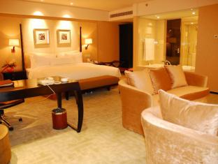 The Lakeview Hotel Beijing - Deluxe Suite with One Breakfast