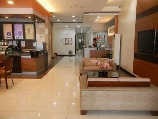 The Studio 87 Residences Manila - Lobby